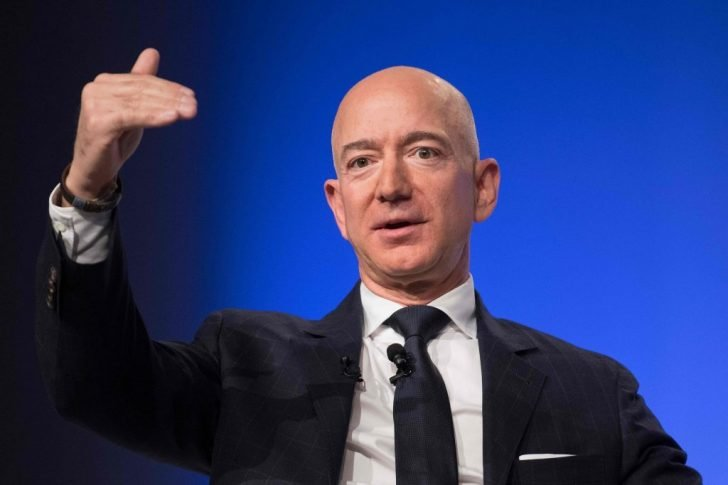 Bezos says dreaming and building his dreams allow him to keep going in accomplishing his and his company's goals, no matter how ambitious it is.
