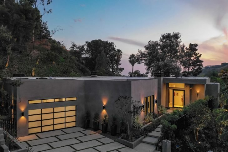 The couple bought another home in Hollywood Hills for an astounding $9.8 million last March.