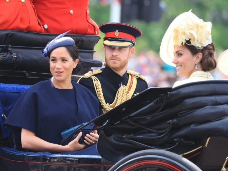 Aside from Meghan's royal blue dress, the fans also noticed the