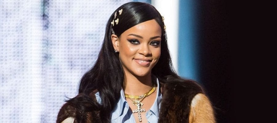 The singer reportedly spends $38,000 per week just to maintain her beauty rituals and gorgeous outfits.